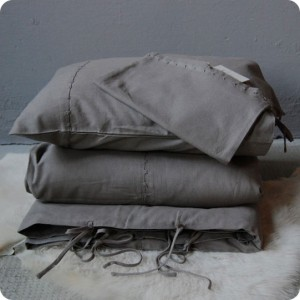 Taupe bed linen set, single bed