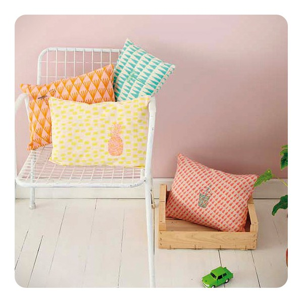 Coussin brod ananas laurette for Petit ananas deco