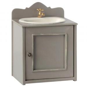 Lavabo de salle de bain miniature